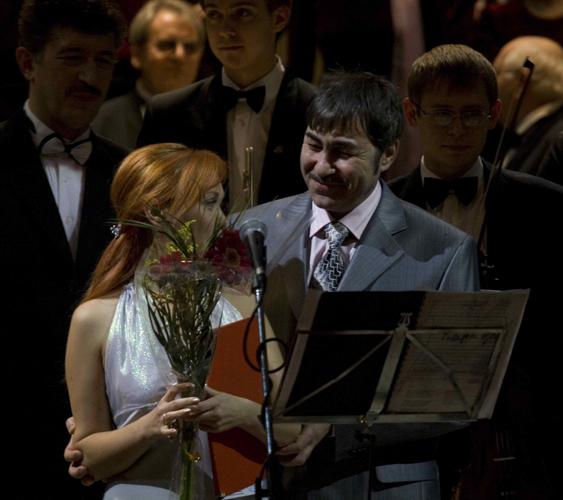 Айсулу Хасанова, Валерий Грунер. Фото Юрия Чернова